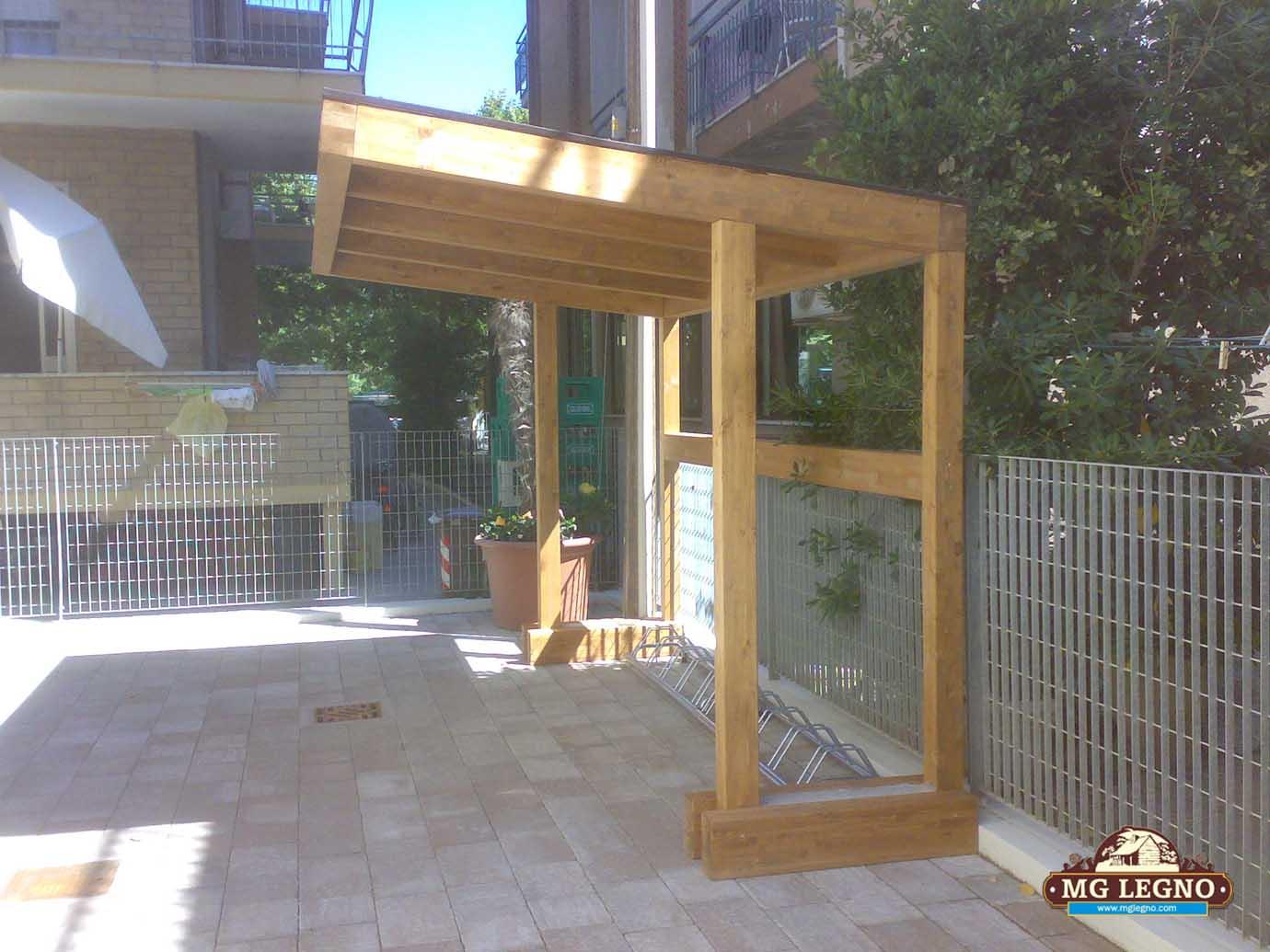 Portabici mg legno arredo tetti in legno case in legno - Portabici in legno ...